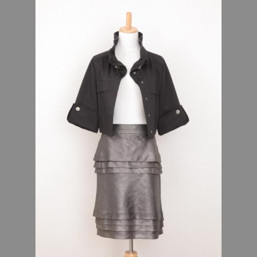 最近流行になっている黒いジャケット シャイに着こなせます 通勤に欠かせない一枚 商い 中古 BODY ジャージジャケット Delux DRESSING 黒 割引
