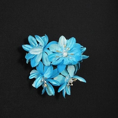 海外 涼しげな五輪の花束がまとめ髪に抜群な印象を与えてくれます 水色の花束ヘア飾り 割引も実施中