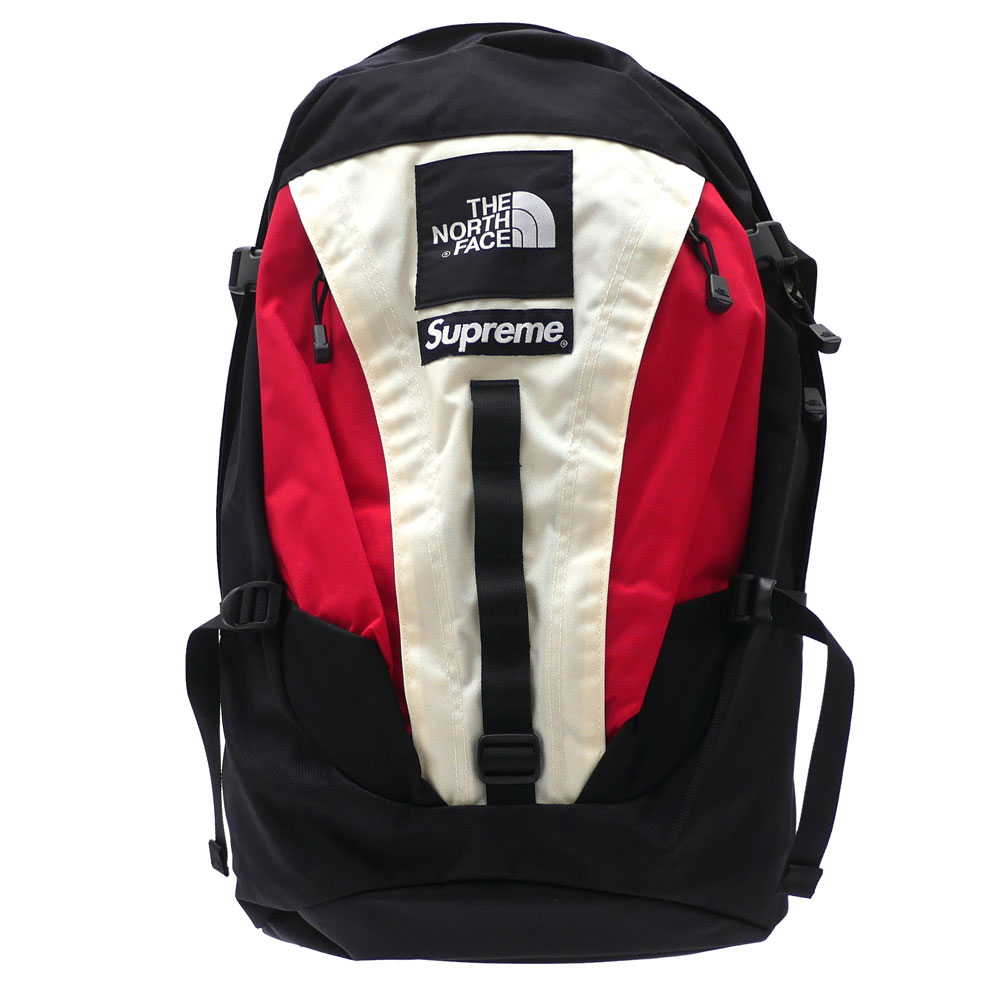 7625c2dabb6 The hot collaboration of SUPREME x THE NORTH FACE came true again!! Here  comes a functional Expedition Backpack!! The logo of both brands are  designed!