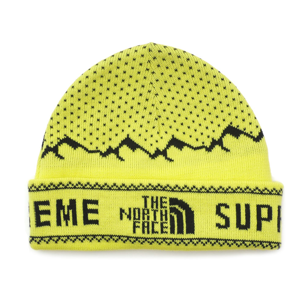 435970369d5 The hot collaboration of SUPREME x THE NORTH FACE came true again!! Here  comes a Fold Beanie with the snow mountain designed on its bodt.