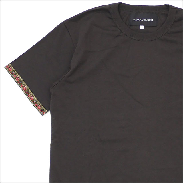 Bianca Chandon(ビアンカシャンドン) Embellished Sleeve T-Shirt (Tシャツ) CHARCOAL 418-000223-032+【新品】