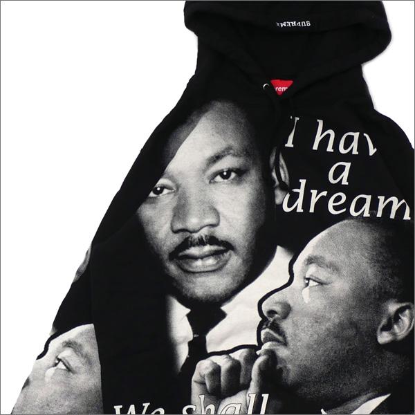 【合計15,000円(税抜)以上のお買い上げでステッカープレゼント!】 SUPREME(シュプリーム) MLK Hooded Sweatshirt (スウェットパーカー) BLACK 418-000328-031+【新品】