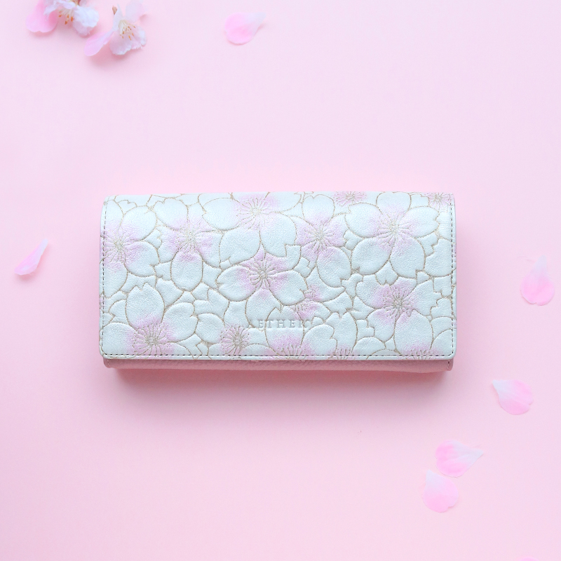 【AETHER(エーテル) 】長財布 かぶせ レディース ヌバックレザー「サクラ」 桜色 桜柄 二つ折り 大容量 かわいい ファスナー 使いやすい 花柄 送料無料 誕生日プレゼント 女性 本革 本皮 ファッション 人気 おすすめ 大人可愛いレザーブランド