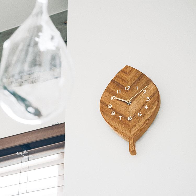 掛け時計 リンジー Lindsey【クロック 葉 葉っぱ リーフ ナチュラル デザイン 木の葉 インテリア かわいい おしゃれ】