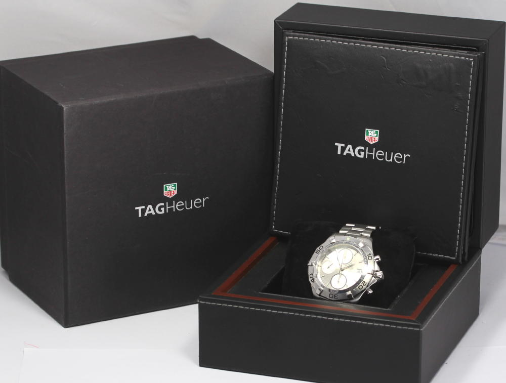 With タグホイヤーアクアレーサークロノグラフ CAF2111.BA0809 silver clockface SS breath self-winding watch men watch box, guarantee card