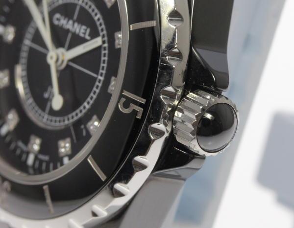 06df9f1d2557 ケース付 可動品 【CHANEL】シャネル J12 黒セラミック 12P クォーツ レディース 腕時計の紹介です! この機会に是非ご検討ください。