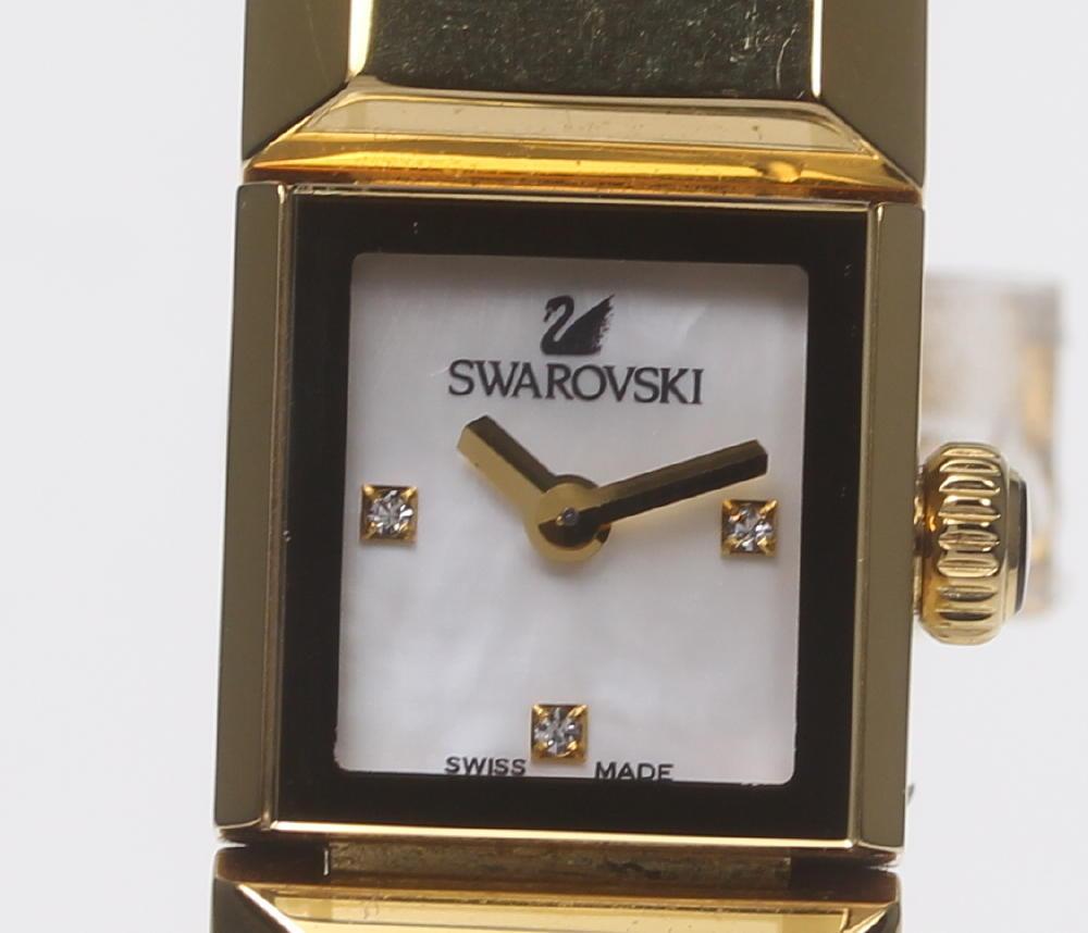【SWAROVSKI】スワロフスキー 3P シェル文字盤 QZ レディース【中古】【190210】