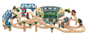 Fisher-Price Thomas the Train Wooden Railway Tidmouth Sheds Deluxe Set きかんしゃトーマス