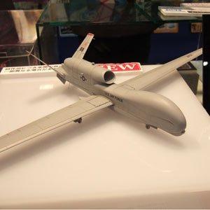 プラッツ 1/72 【AC-04】RQ-4B グローバルホーク Block 20 空軍型