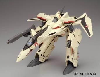 マクロスプラス 1/60 完全変形版 YF-19 やまと