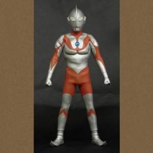 大怪獣シリーズ リアル・マスター・コレクション 「ウルトラマンBタイプ」 スタンディングポーズ 少年リック限定商品 新品