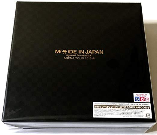 【初回生産限定盤】ayumi hamasaki ARENA TOUR 2016 A ~M(A(ロゴ表記))DE IN JAPAN~ (本編DVD2枚+『COUNTDOWN LIVE 2015-2016 A ~MADE IN TOKYO~』DVD2枚+特典 DVD+LIVE CD2枚+PHOTOBOOK+GOODS+スマプラ+豪華BOX仕様)(中古)マルチレンズクリーナー付き