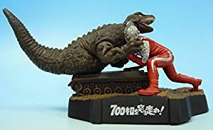 ウルトラ怪獣名鑑 700キロを突っ走れ!ウルトラセブン対恐竜戦車 バンダイ 新品