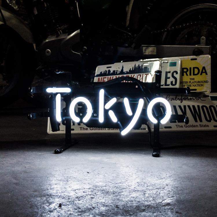 アメリカンネオンサイン TOKYO トーキョー 文字デザイン 縦17×横32cm バー ガレージ インテリア ネオン管 電飾 店舗装飾 アメリカ雑貨