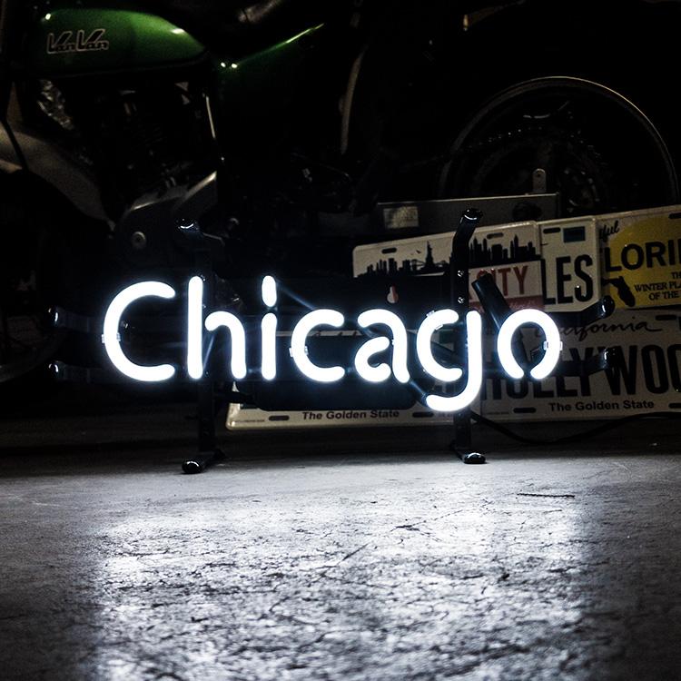 アメリカンネオンサイン Chicago シカゴ 文字デザイン 縦17×横39.5cm バー ガレージ インテリア ネオン管 電飾 店舗装飾 アメリカ雑貨