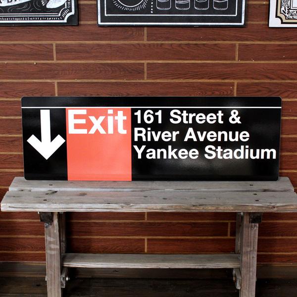 NEW YORK サブウェイサイン (L ) 「Exit -Yankee Stadium」 SW-8-L ニューヨークの地下鉄看板 ストリートサイン アメリカ雑貨 アメリカン雑貨