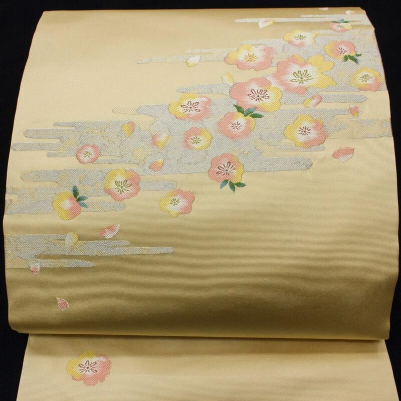 大人のクラス感 買い取り 織紋の桜花染 九寸名古屋帯 御仕立上り -Used- 返品交換不可