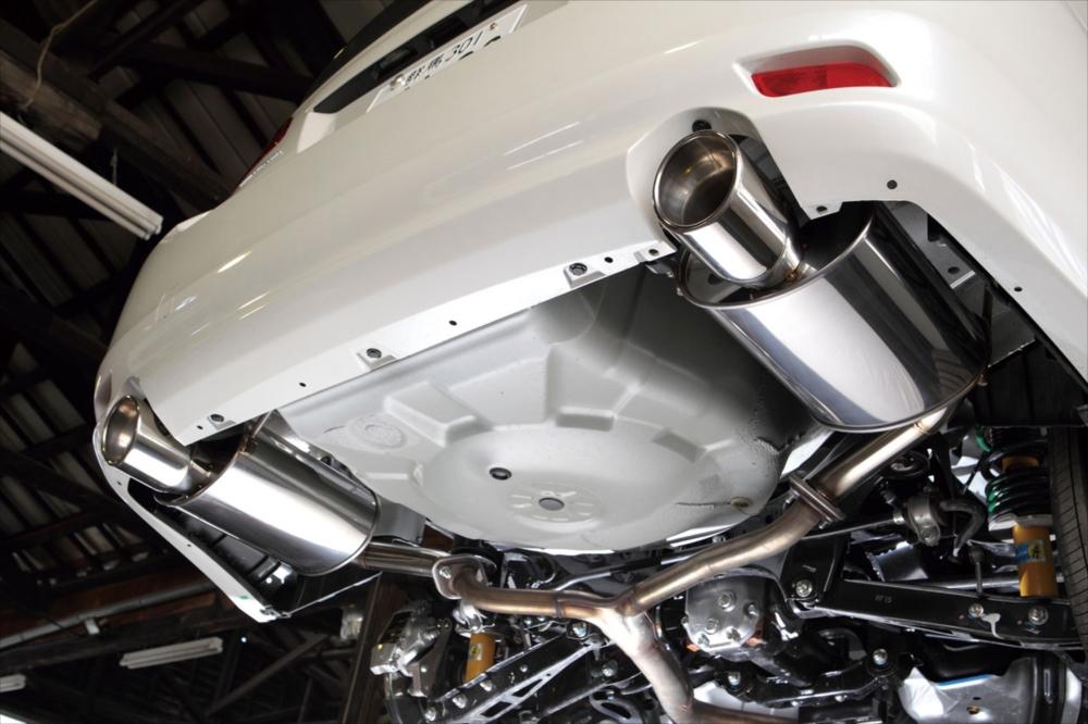 新作からSALEアイテム等お得な商品満載 SYMS シムスレーシング リアマフラーセット 品番:Y0800BR001 車種:レガシィ BR9/BRG, シルバーアクセサリーDICE 8c004ba5