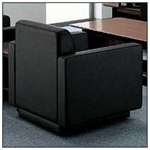 ◇コクヨ アームチェア ブラック CE-255CLGB6※他の商品と同梱不可