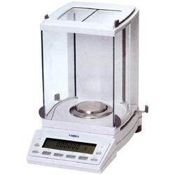 【送料無料】新光電子 分析用電子天秤 XFR-125