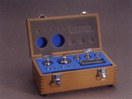 【送料無料】新光電子 円筒分銅木製製組分銅ケース L 2kg~1mg(20~27個)WC-L