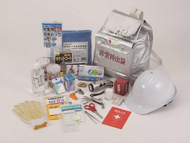 防災セット 防災緊急避難 16点セット+除菌剤 DFK-200 ヘルメット付き 高森コーキ