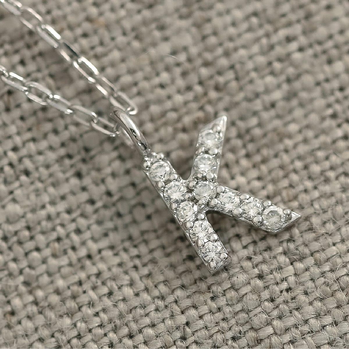 ネックレス プラチナ900 ダイヤモンド 選べるイニシャル 品質保証書 金属アレルギー 日本製 誕生日 ギフト