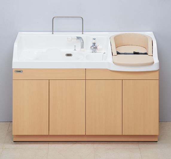 MU22 Combi 沐浴ユニットMU22 保育施設製品 コンビウィズ株式会社
