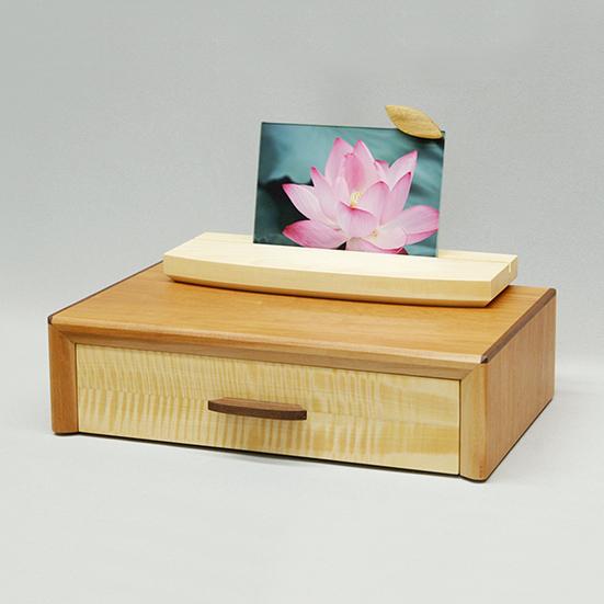 祈りステージ Type BOX  /無垢材/ミニ仏壇/モダン仏壇/手元供養/コンパクト/木のぬくもり