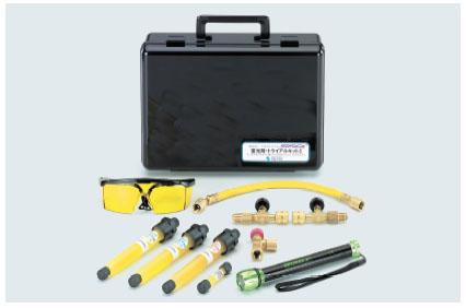 このキットで蛍光剤とランプ、注入工具のすべてを揃えたコンプリートキットです 4528422314513 TASCO(タスコ):蛍光剤トライアルキット5 TA434ES-5