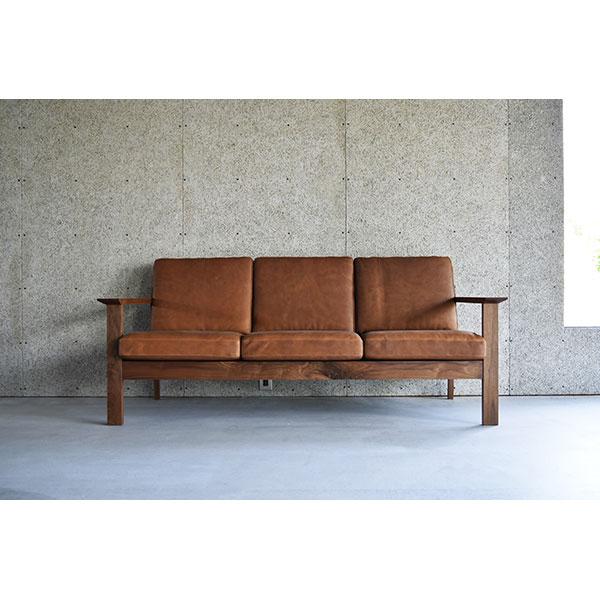 【代引不可】ミヤモト家具: SOLID SOFA 040-3P ウォールナット無垢材ヴィンテージ革 SOLID SF040-3P-WN