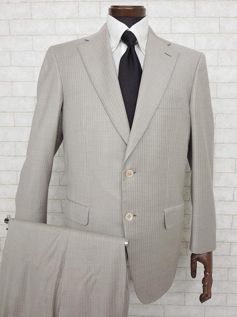 超美品 【ブリオーニ Brioni】 最高級 CHIGI シルク混 ストライプ柄 シングル スーツ (メンズ) ライトグレー size48 ◇MS2295◇ 【中古】