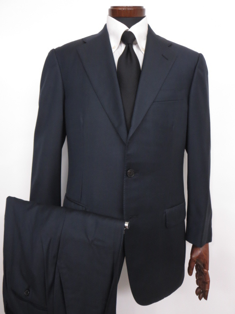 超美品 【ベルベスト Belvest】3ボタン 段返り SUPER110's スーツ (メンズ) 無地 ネイビー size48  ◇MS2466◇【中古】