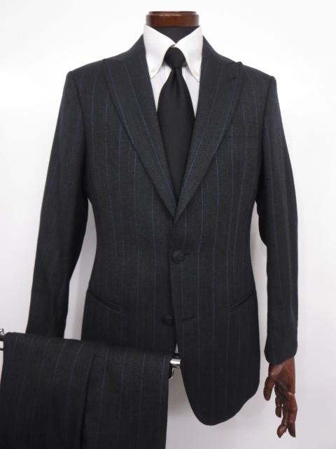着用1回【ジョルジオアルマーニ GIORGIO ARMANI】2ボタン ピークドラペル ストライプ柄 スーツ (メンズ) チャコールグレー 48 ◇MS2565◇ 【中古】