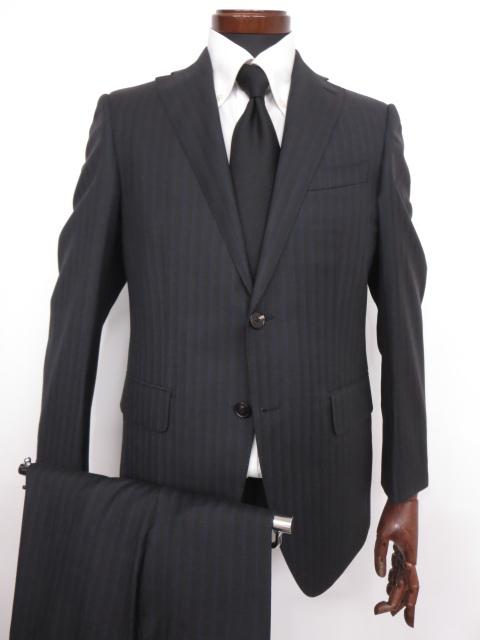 極美品 【スーツカンパニー THE SUIT COMPANY】2つボタン シングルスーツ (メンズ) ストライプ柄 FINTES生地使用 165cm-6Drop ◇MS2599【中古】