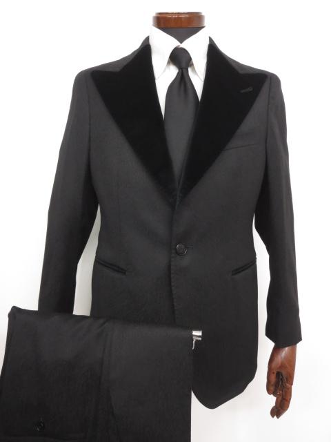 極美品 着用2~3回程【タリアトーレ TAGLIATORE】 2017年購入 Super110's 織柄 ウール シングルスーツ (メンズ) ブラック size48 ◇MS2851◇ 【中古】