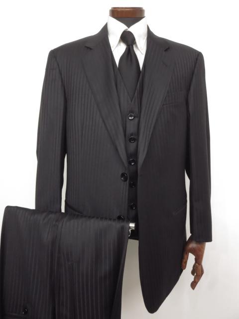 極美品 着用2~3回 【ジョルジオアルマーニ GIORGIO ARMANI】 ストライプ シングル 3ピース スーツ (メンズ) ブラック size50~52 ★MS2968★ 【中古】