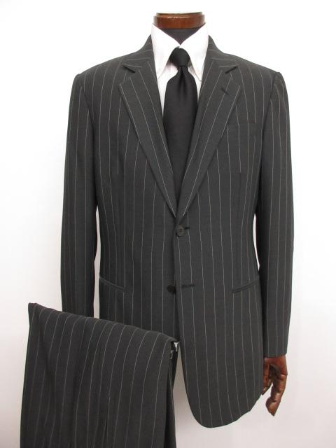 【ジョルジオアルマーニ GIORGIO ARMANI】 最高級 黒ラベル ストライプ柄 シングル スーツ (メンズ) チャコールグレー size50 ★MS3144★【中古】