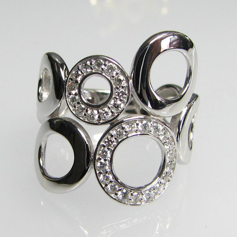 幅広デザインリング ダイヤモンド0.28ct K18WG/YG/PG 個性的 豪華 丸 円 人差し指 大振り 送料無料 品質保証書 指輪 ご褒美