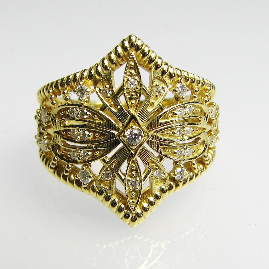ボリュームある豪華なダイヤモンドリング K18YG・PG・WG 大振り 送料無料 品質保証書付