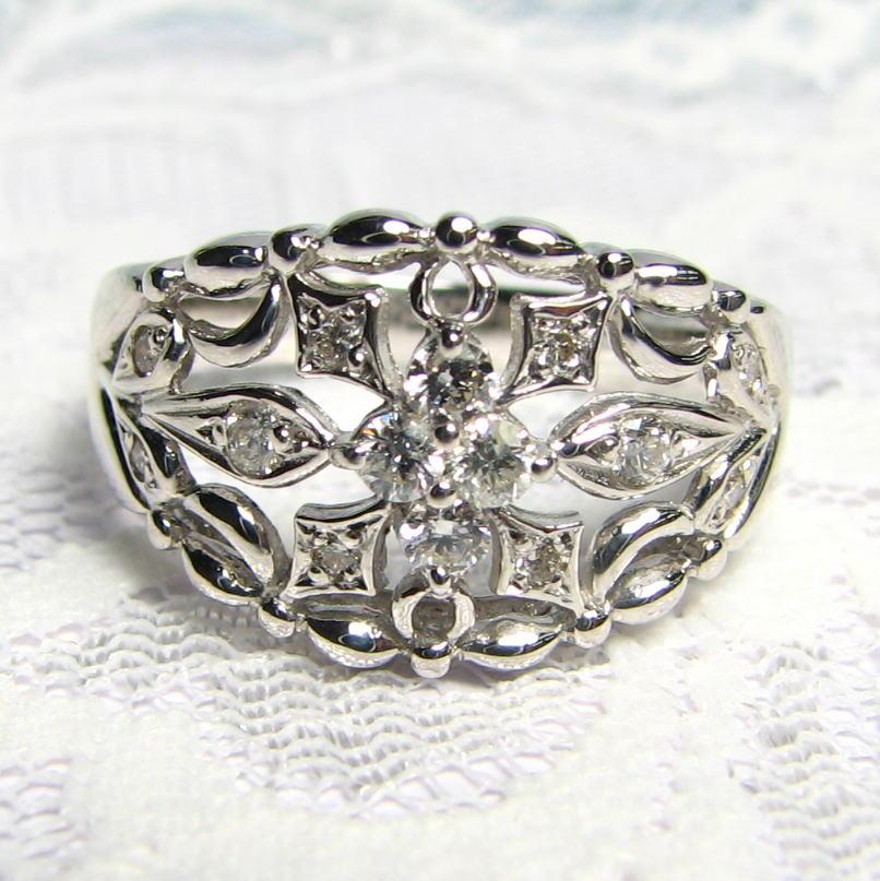 流線型デザインダイヤモンドリング 中石4p・K18WG・PG・PG  送料無料 品質保証書付