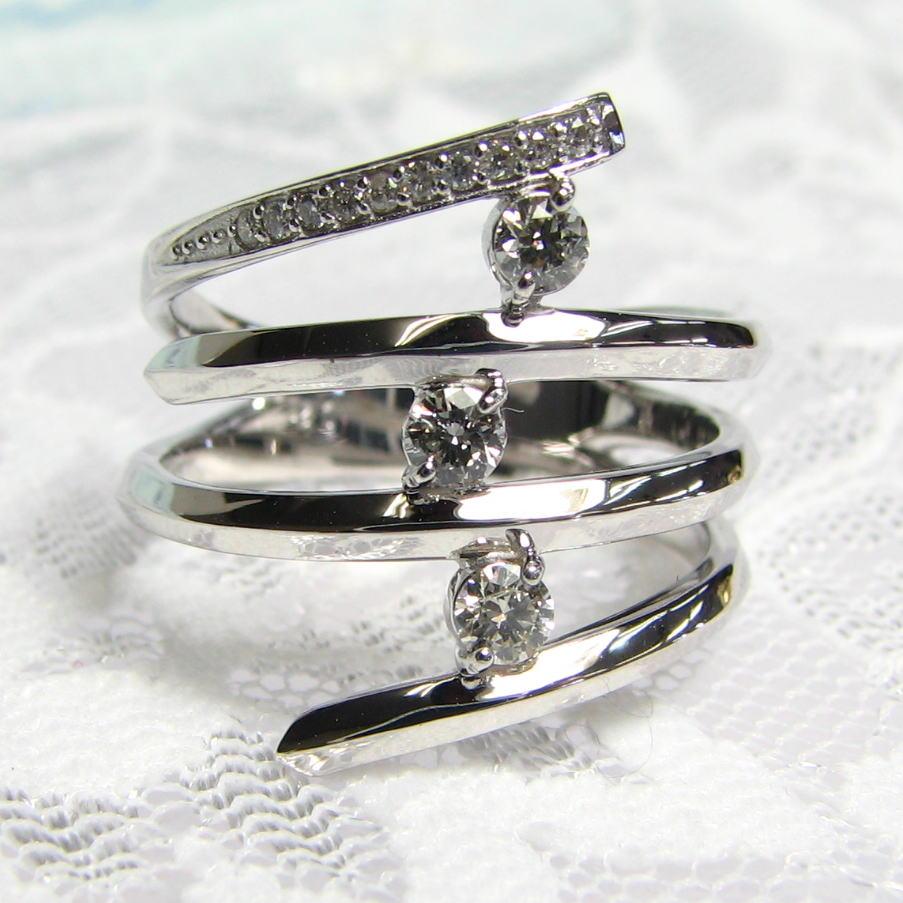 シンプル幅広リング・螺旋ラインの間にダイヤモンドをはさんだおしゃれなリング・K18YG・PG・WG  大胆なデザイン 人さし指 送料無料 品質保証書付