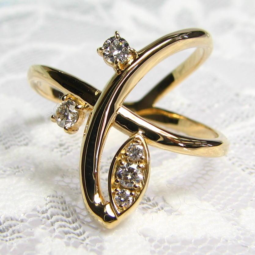 幅広リング・シンプルに一ひねり大粒ダイヤモンドをあしらったおしゃれなリング・K18YG・PG・WG  個性的 大胆なデザイン 人さし指 送料無料 品質保証書付