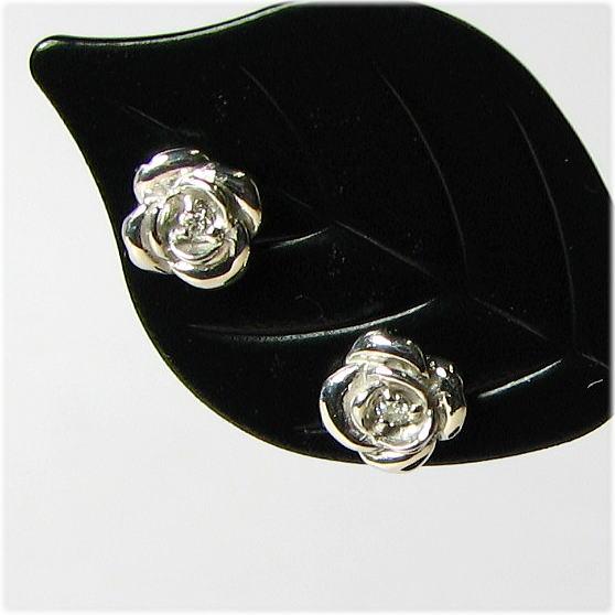 薔薇のピアス・ダイヤモンド0.028ct K18WG/YG/PG プレゼント