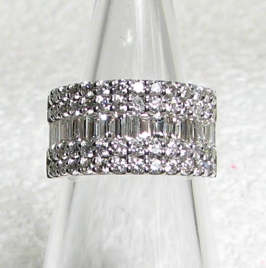 幅広 デザインリング PTプラチナ 2.00ct  限定5本 バケットダイヤモンド・ラージメレダイヤモンド 個性的 送料無料 品質保証書 指輪 ご褒美