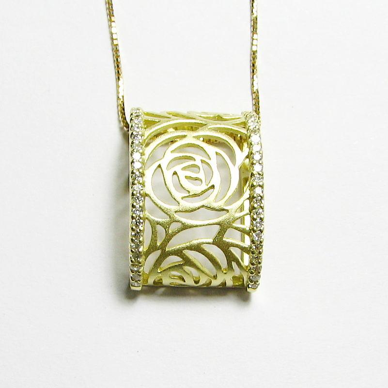 透かし模様 薔薇ダイヤモンドペンダント幅広 K18WG・PG・YG
