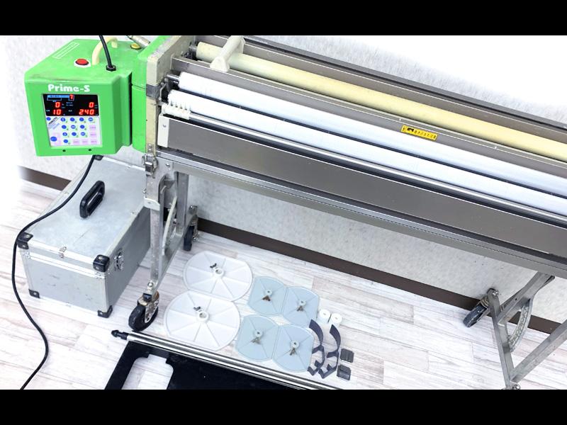 コレコレ 人気の自動壁紙糊付け機 3R0462 KYOKUTO Prime-S 自動壁紙糊付機 中古 極東産機 専用スリッター付き 限定価格セール 激安通販専門店 クロス糊付け機 0823