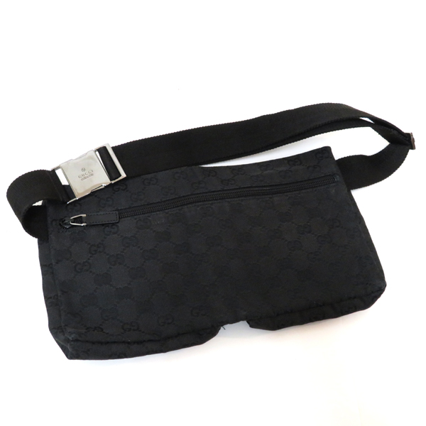 34e3d57fa6daf6 It is the article which I finished with cloth for ♪♪ classic popular GG  canvas that Gucci GG canvas bum-bag was received. The one in being the ☆  one ...
