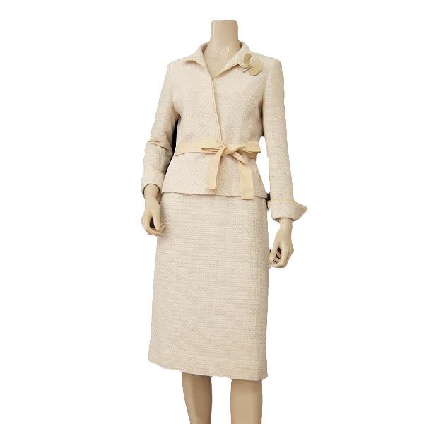 【中古】 エムズグレイシー M'S GRACY社 可憐なスカートスーツ 表記38号(M 9号相当) ベージュ系 お花コサージュ&リボンベルト 入学式・卒業式・フォーマルに 春秋 レディース