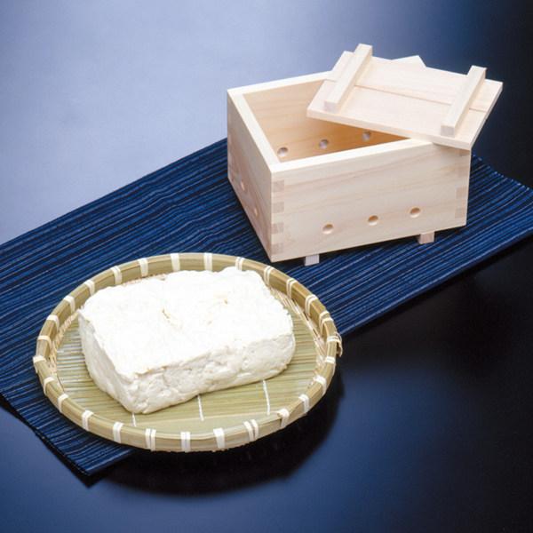 作りたての豆腐の味は格別 豆腐作り器 にがり無し お値打ち価格で 木製 日本製 レシピ付き 檜 手作り豆腐器 自家製豆腐 手作りセット 手作り豆腐キット 豆腐メーカー てづくり 手造り豆腐 天然にがり 豆腐型 こし布 手造りセット 仕上げ布 ついに入荷 3980円以上送料無料 とうふ 家庭用 簡単